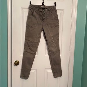 Grey high waisted jeggings size 6